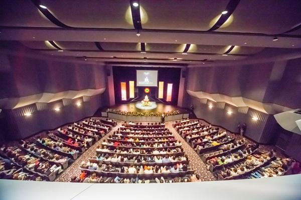 2017.07.01悟覺妙天禪師在美國加州爾灣Barclay-Theatre「生命的秘密」演講現場